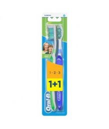 Oral-B fogkefe 1+1db Medium 3 Effect